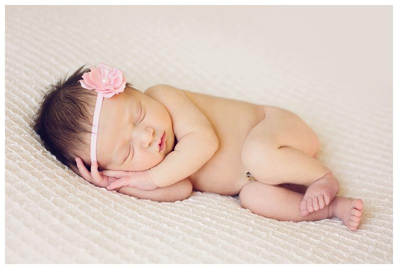 Denver Newborn Portraits | www.julielivermorephotography.com