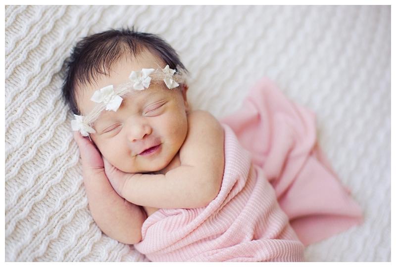 Denver Newborn Photographer| www.julielivermorephotography.com