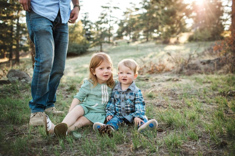 Outdoor Family Photographer | www.julielivermorephotography.com