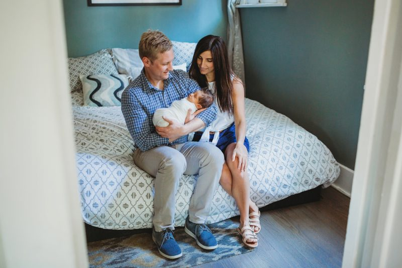 Denver Lifestyle Newborn Photographer | www.julielivermorephotography.com