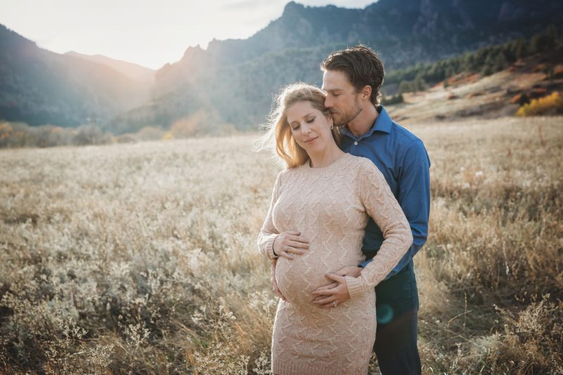 Denver Maternity Photographer | www.julielivermorephotography.com