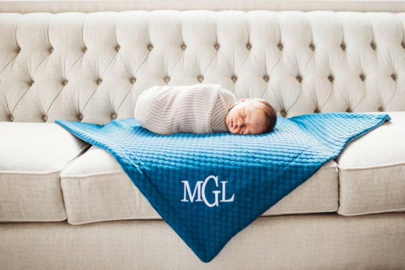 Denver In-home Newborn photographer | www.julielivermorephotography.com