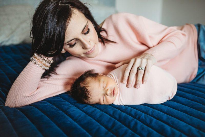 Denver Newborn Photographer | www.julielivermorephotography.com