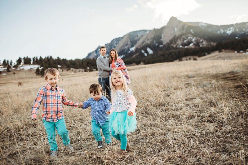 Chautauqua Boulder Family Photos   www.julielivermorephotography.com