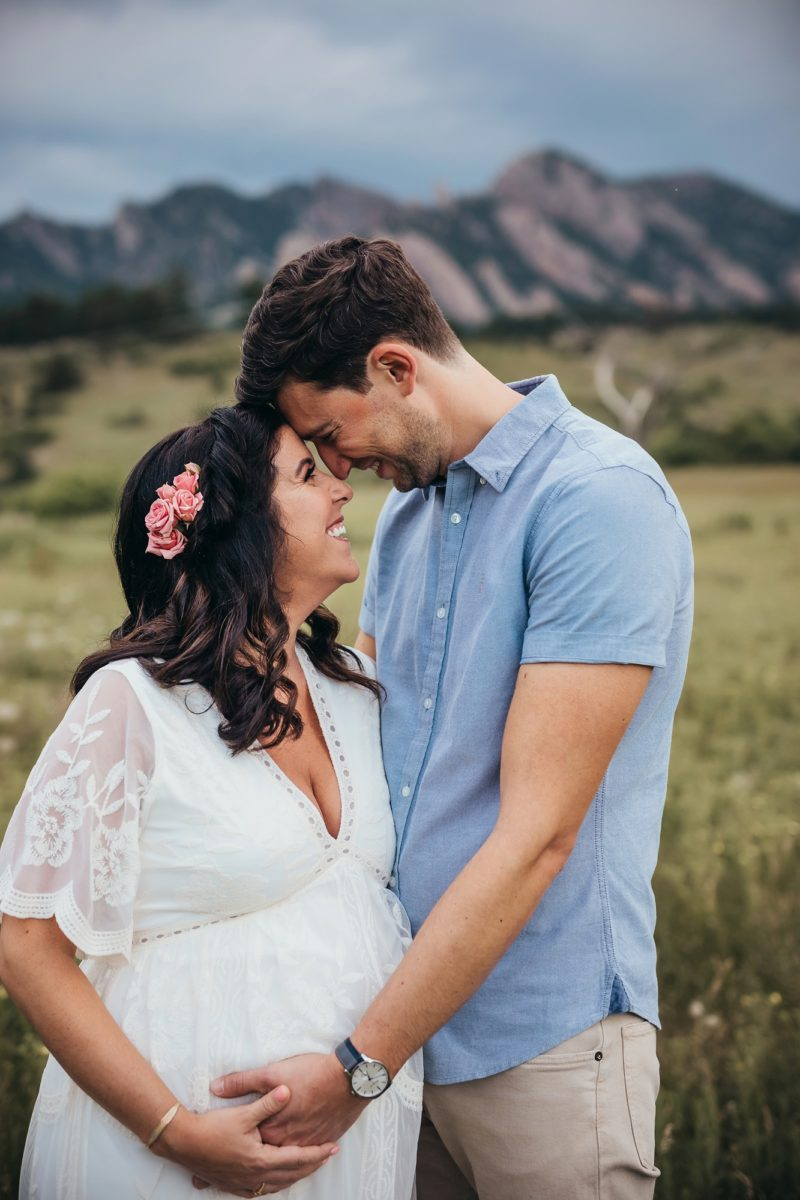 boulder flatirons view maternity session