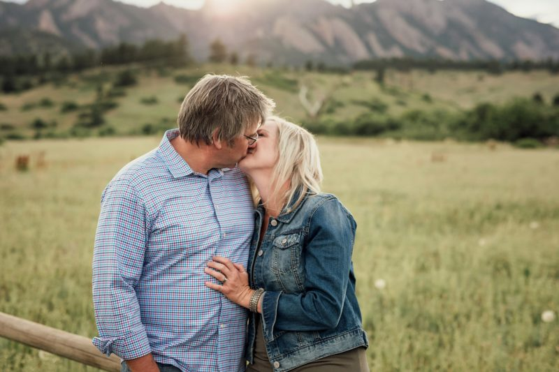 Kissing couple in Boulder | www.julielivermorephotography.com