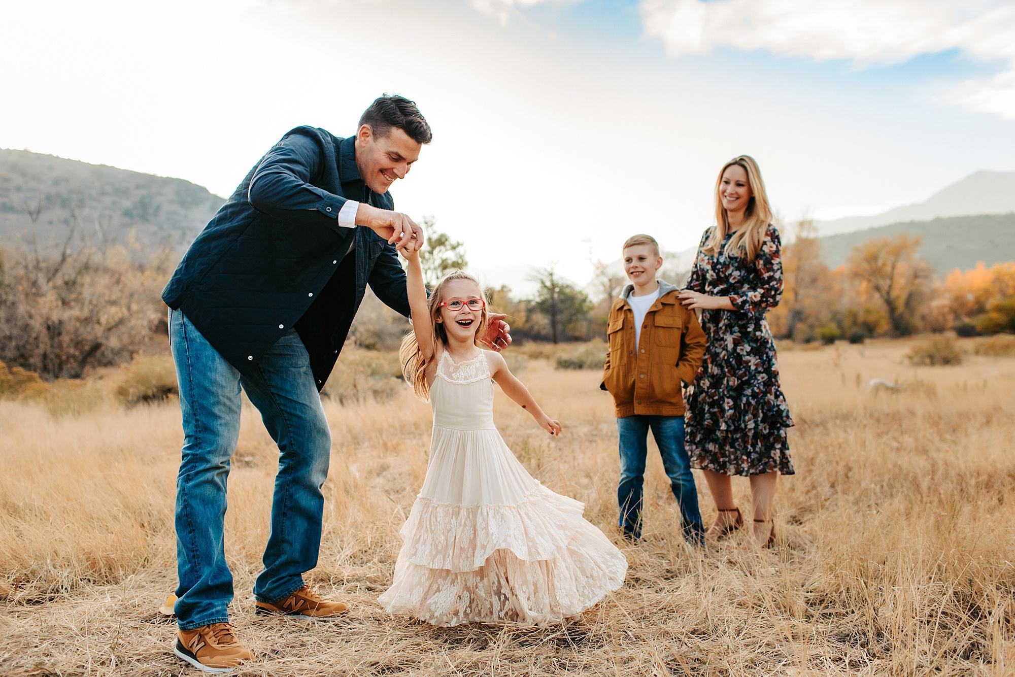 family photography denver   www.julielivermorephotography.com